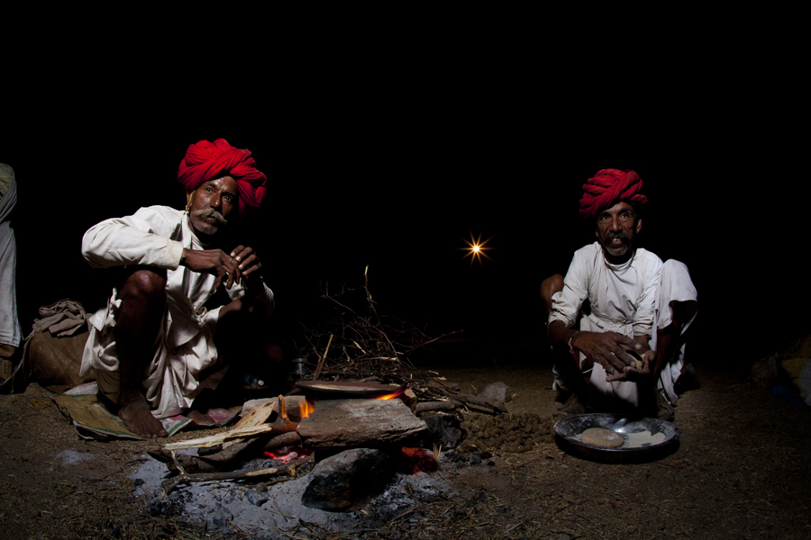 """<img src=""""best photo tour to learn flash photography pushkar.jpeg"""" alt=""""caravan campervan luxury nomadic unique experience of outdoor overlanding camp for photography of camels at pushkar quiet place at secluded places next camel ground best photo tour rajasthan india"""">"""