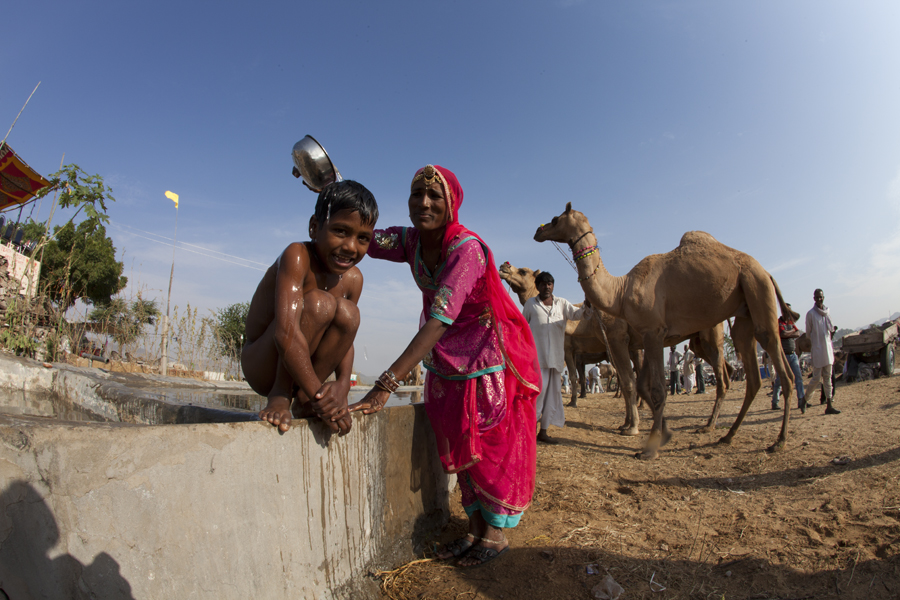 "<img src=""photo tour.jpeg"" alt=""luxury nomadic unique experience of outdoor overlanding camp for photography of camels at pushkar quiet place at secluded places next camel ground best photo tour"">"