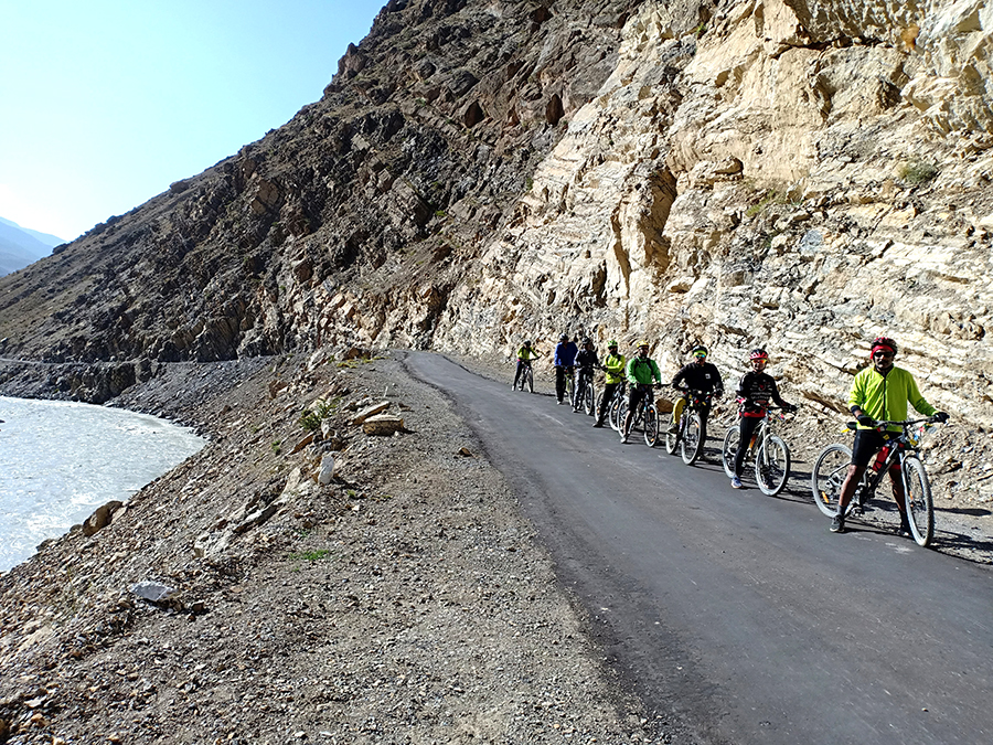 "<img src=""cycling expedition rural india motorhome camperan.jpeg"" alt=""best cycle tour cycling expedition hosted by caravan campervan vacation covid19 corona safe soft adventure overlanding holiday onboard overland truck vanlife wilderness best to explore rural kutch gujarat and jaisalmer rajasthan ladakh spiti india"">"