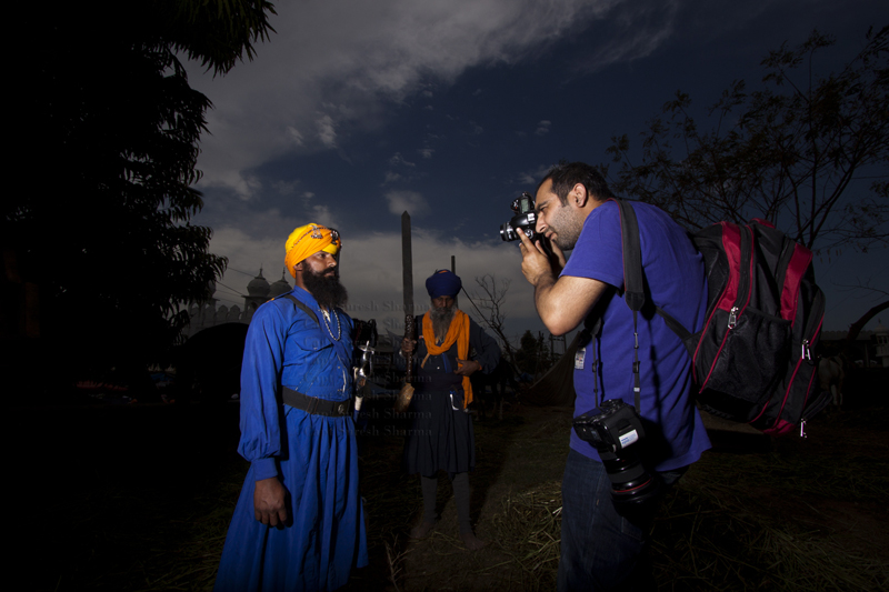 """<img src=""""best photo tour india hola mohalla RV caravan campervan camp.jpeg"""" alt=""""hola mohalla offbeat RV caravanrecreational vehicle photo tour experience culture, festivals and folk art luxury nomadic unique experience of offbeat outdoor overlanding camp for best photography rural india"""">"""
