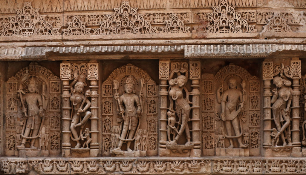 "<img src=""rani ki vav patan.jpeg"" alt=""offbeat overladingcampervan road trip trip to patan, Gujarat"">"