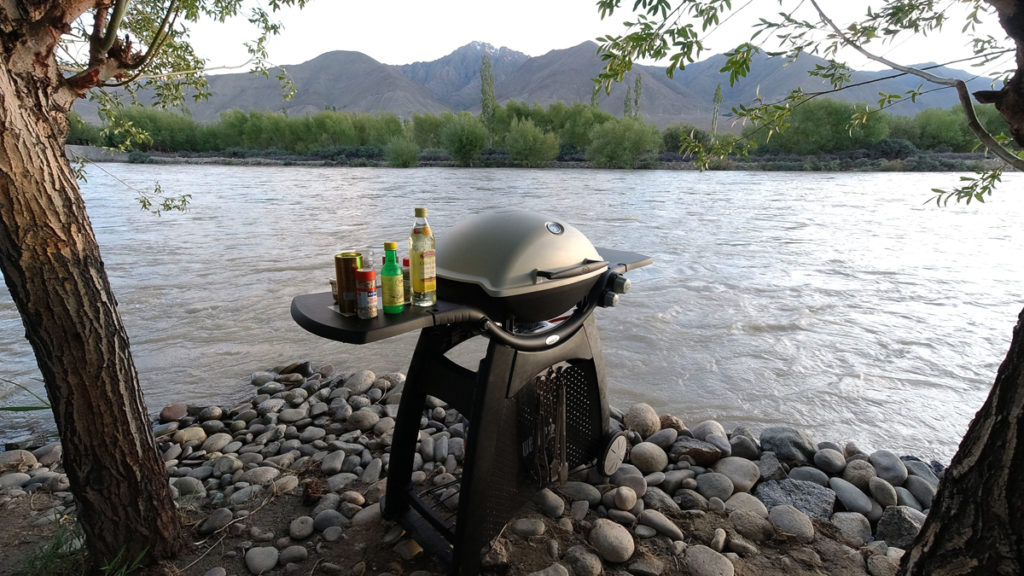 "<img src=""caravan campervan weber barbecue riverside lakeside.jpeg"" alt=""offbeat caravan and campervan soft adventure vacation overlanding holiday onboard overland truck vanlife with weber barbecue grill food experience wilderness at sunset sunrise at river lake for best for family road trip"">"